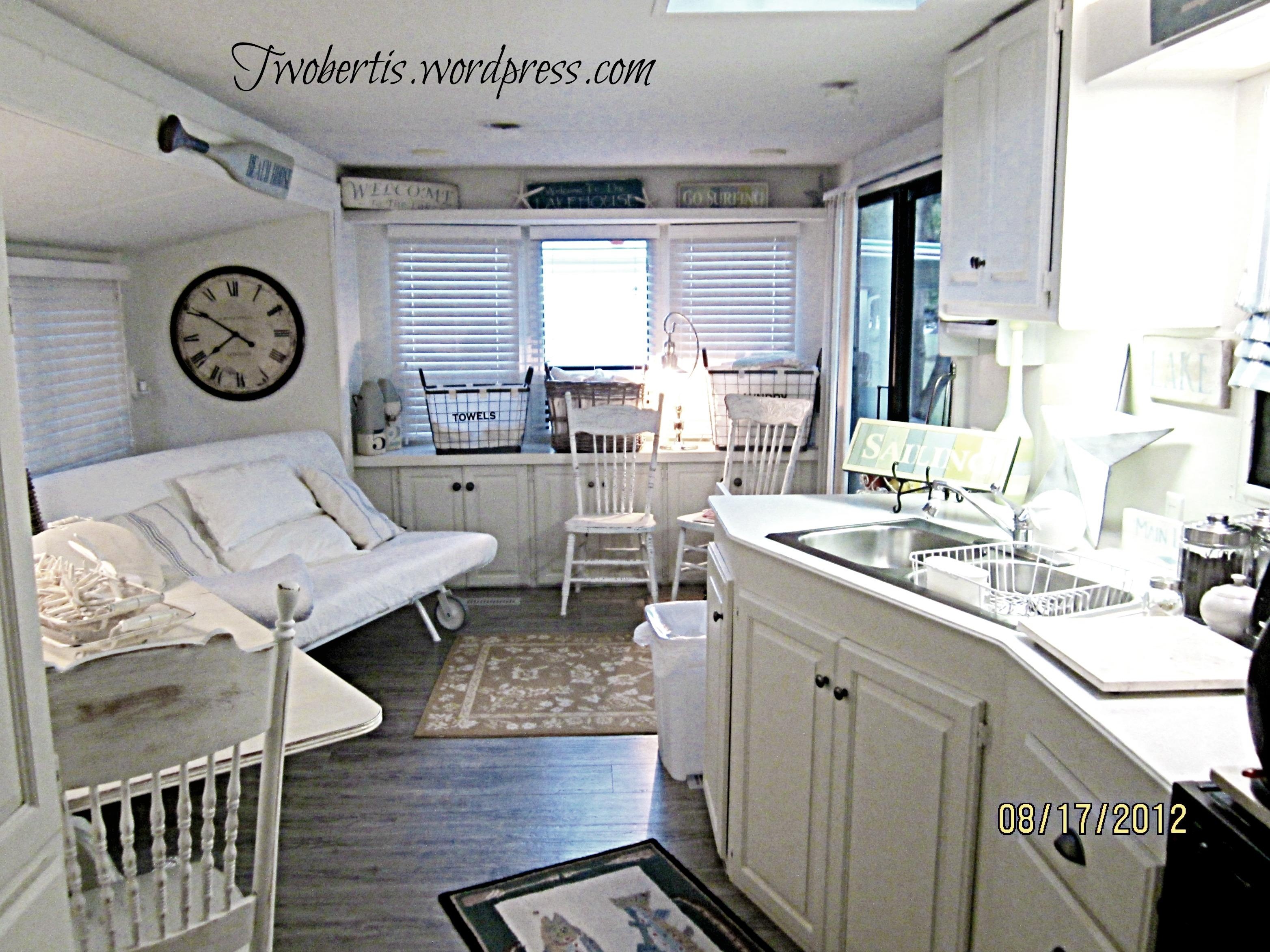 Unique Double Kitchen Sink  Stainless Steel Color  Lippert Components Inc