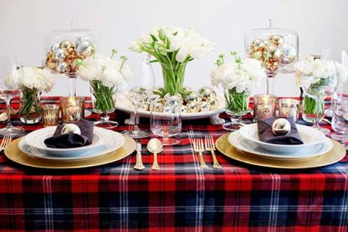 http://www.celebrations.com/content/25-days-of-christmas-table-decoration-ideas