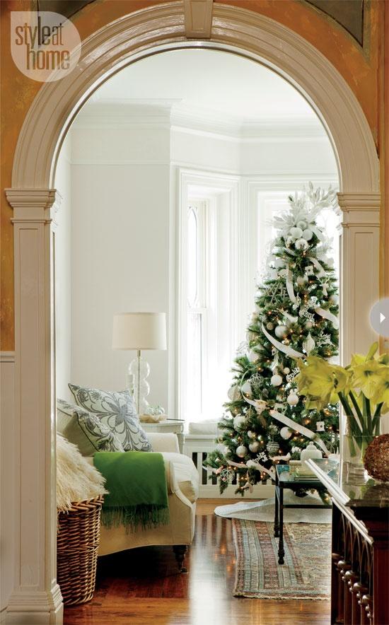 http://www.styleathome.com/homes/interiors/interior-debbie-travis-s-rustic-christmas-charm/a/44149/2