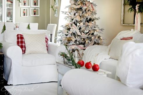 christmashousetour2012livingroom