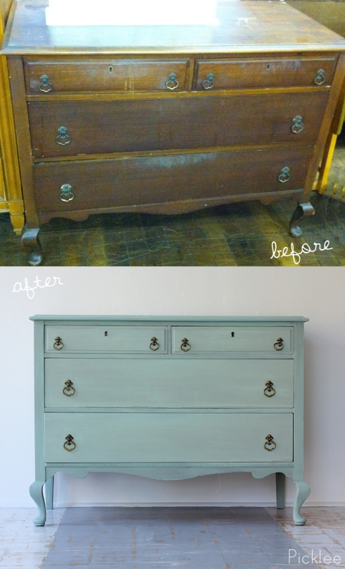 http://www.picklee.com/2012/11/13/queen-anne-keyhole-dresser-before-after/